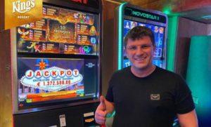 leon tsoukernik slot machine